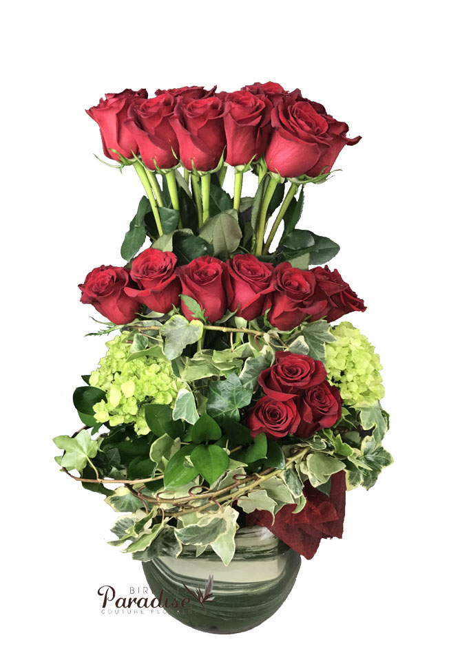Hugging Roses (3 Dz)
